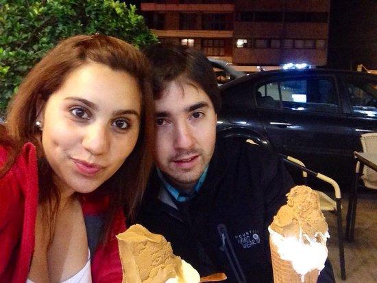 Heladeria Famiglia Perin : Excelente !! Somos de Chile y realmente son exquisitos :)