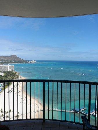 Hilton Hawaiian Village Waikiki Beach Resort: Rainbow Tower Suite