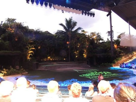 Polynesian Cultural Center : Ha- Breath of life stage.