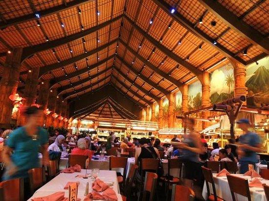 Polynesian Cultural Center : Ambassador dinning hall