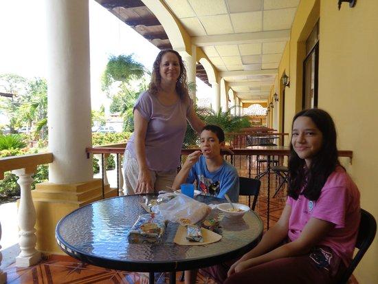Hotel Antigua Comayagua : Balcón de la habitación