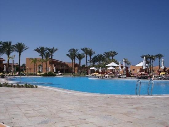 Resta Grand Resort : pool