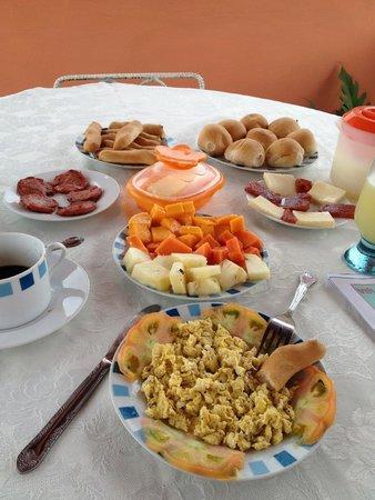 Villa Los Pandaderos: Desayuno