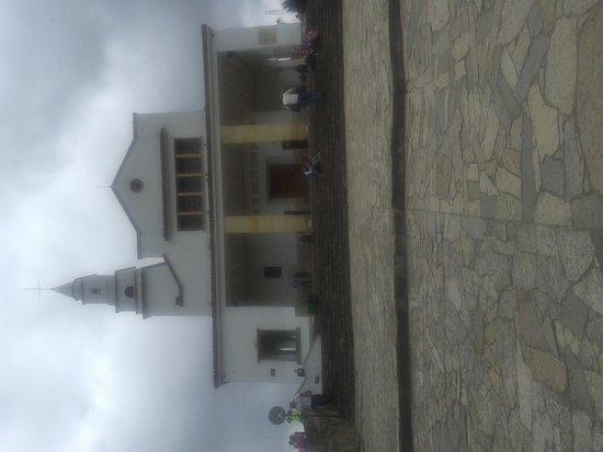 Mount Monserrate: Igreja