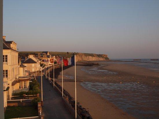Hotel de la Marine: View of beach from room