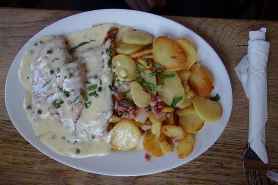 Max und Consorten: Chicken and fried potato!
