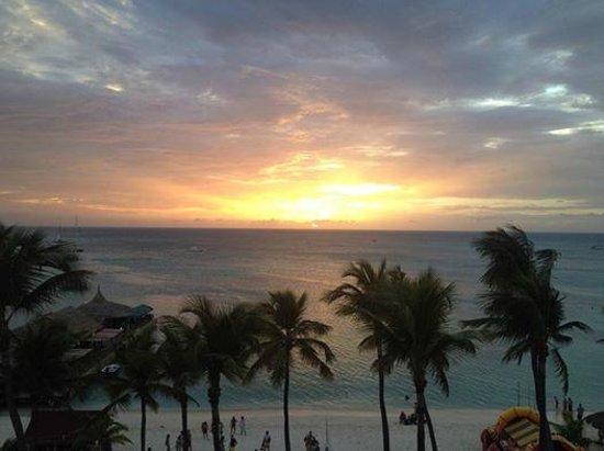 Holiday Inn Resort Aruba - Beach Resort & Casino : View from Ocean front deck.