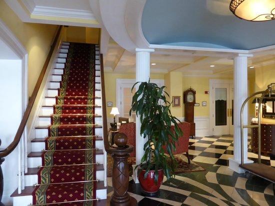 The Marshall House: Lobby