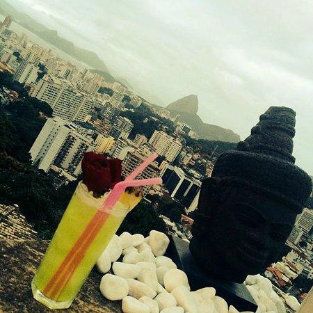 The Villa: Drink + Vista = Memorável