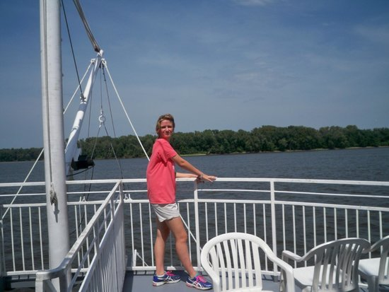 Mark Twain Riverboat Dinner Cruise : nice day for a Riverboat Cruise