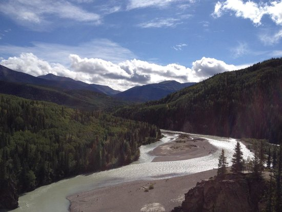 Grande Cache, Canada: Sulfur River