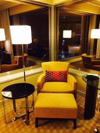 JW Marriott Hotel Hong Kong: Suite bedroom