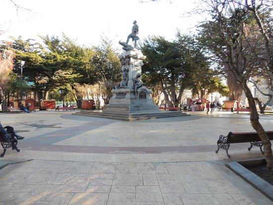 Memorial to Ferdinand Magellan: Monumento
