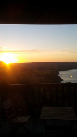 Raven Hall Hotel: Sunset viewed from Lodge