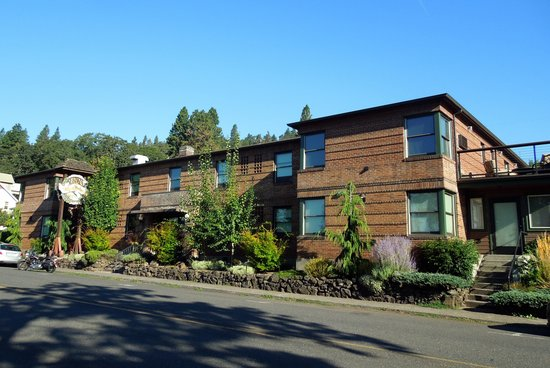 Inn of the White Salmon