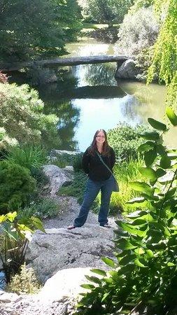 Stonecrop Gardens: ME:)