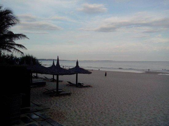 Anantara Mui Ne Resort: Beach