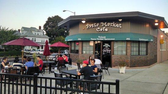 Pasta Market Cafe