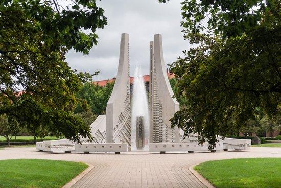 Purdue University: Flight Inspired Sculpture