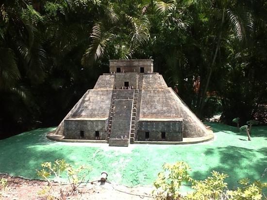 Discover Mexico Cozumel Park: Discover Mexico