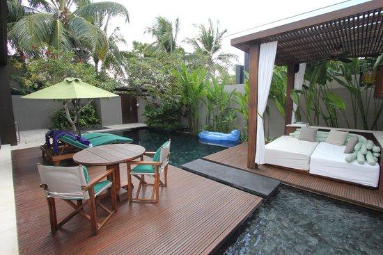 W Bali - Seminyak: 1 Brm Pool Villa - outdoor area