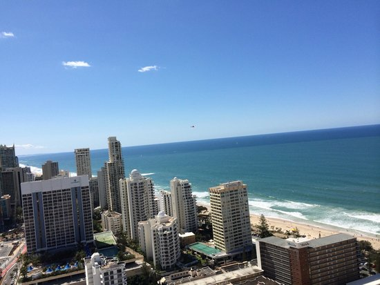 Hilton Surfers Paradise Hotel: View from balcony