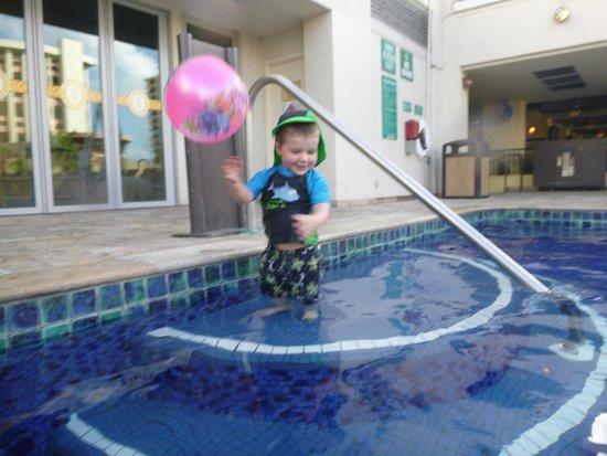 Holiday Inn Resort Waikiki Beachcomber: The pool