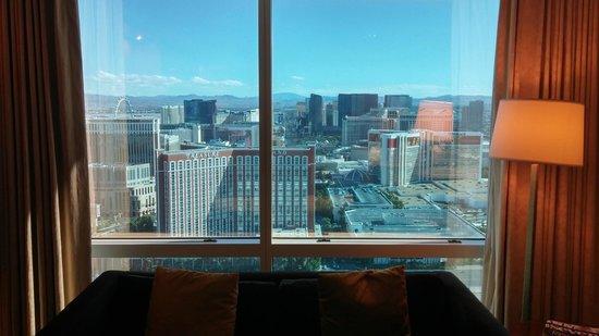 Trump International Hotel Las Vegas: Day view