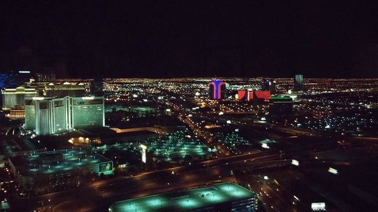 Trump International Hotel Las Vegas: Night View