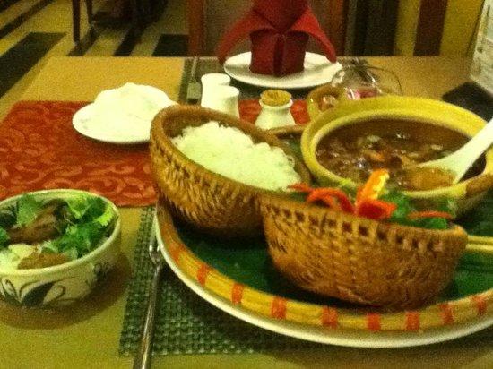 Essence Restaurant: ブンチャー