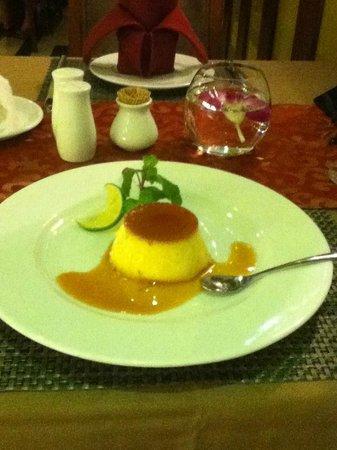 Essence Restaurant: プリン
