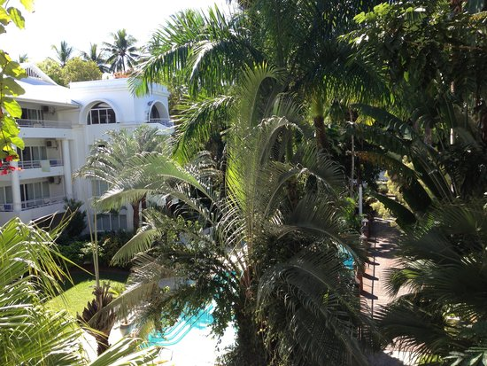 Alamanda Palm Cove by Lancemore : The view from our balcony