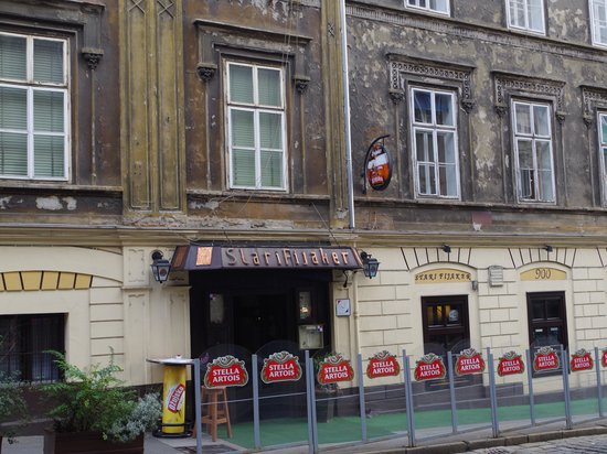 Stari Fijaker 900 : This is the best recommended restaurant in Zagreb