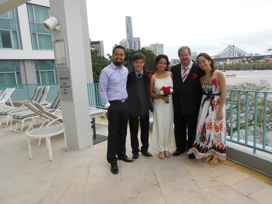 Stamford Plaza Brisbane: The ''newlyweds'' and their lovely children