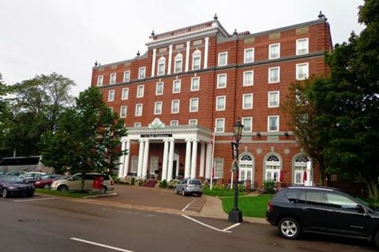 Rodd Charlottetown: The front of the hotel