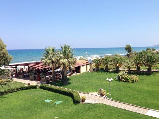 Vantaris Beach: Vue de la chambre