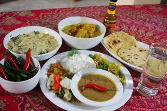 Safari Ostrich Show Farm: Lovley Indian food served at #Safari Ostrich Farm