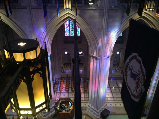 Washington National Cathedral : Behind the Scene Tour - sunlight coming through the stained glass.