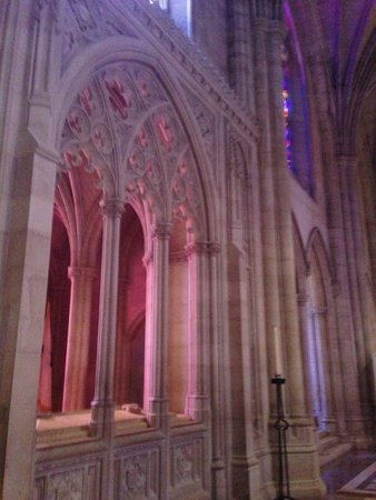 Washington National Cathedral: Sunlight coming through the stained glass.