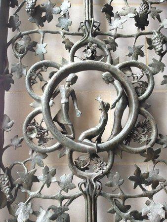 Washington National Cathedral : Door detail