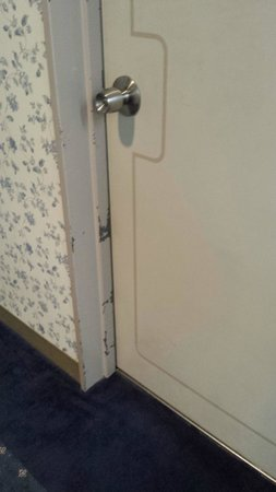 Hiroshima Intelligent Hotel Grand: la porta della stanza