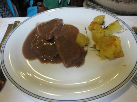 Trattoria Do Forni: Порция мяса