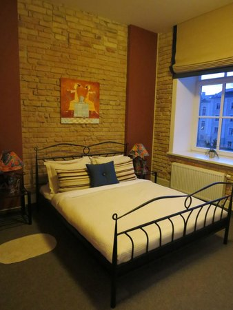 Moon Garden Art Hotel: ベッド
