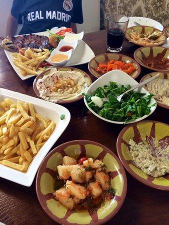 Darna Restaurant: Israeli Salads