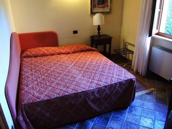 Country Hotel Poggiomanente : Camera