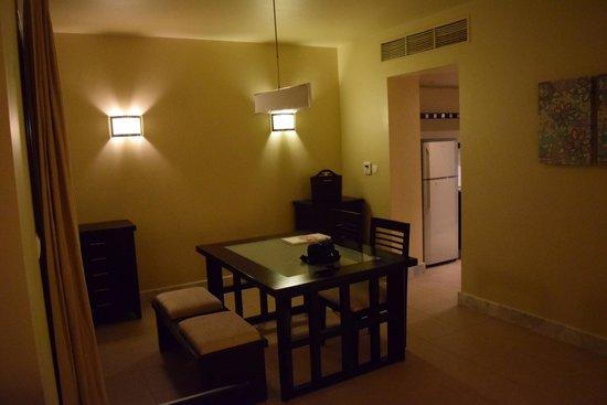 Cove Rotana Resort Ras Al Khaimah: Lagoon villa