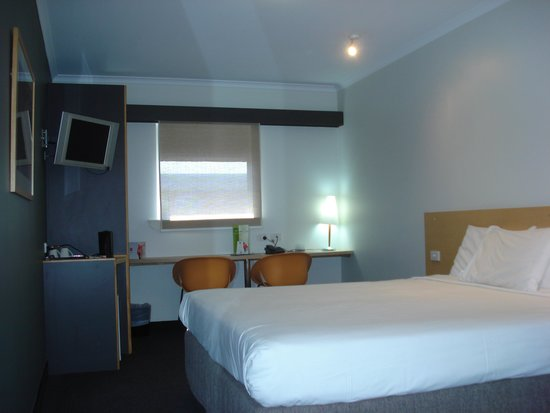 Townsville Central Hotel : Superior room 307