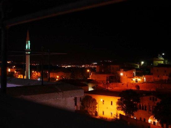 Perimasali Cave Hotel - Cappadocia: テラスからの眺め