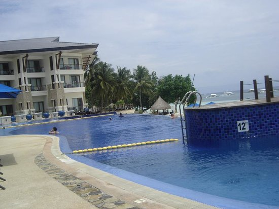 The Bellevue Resort Bohol: pool