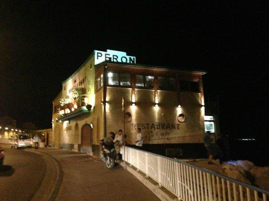 Restaurant Peron : Night view of Peron